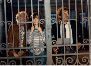 """Tino Schininzi (Rosas), Cristiana Borghi (Leda la biondina) e Gianni Cavina (Sarti Antonio) nel serial televisivo """"Un poliziotto una città"""""""